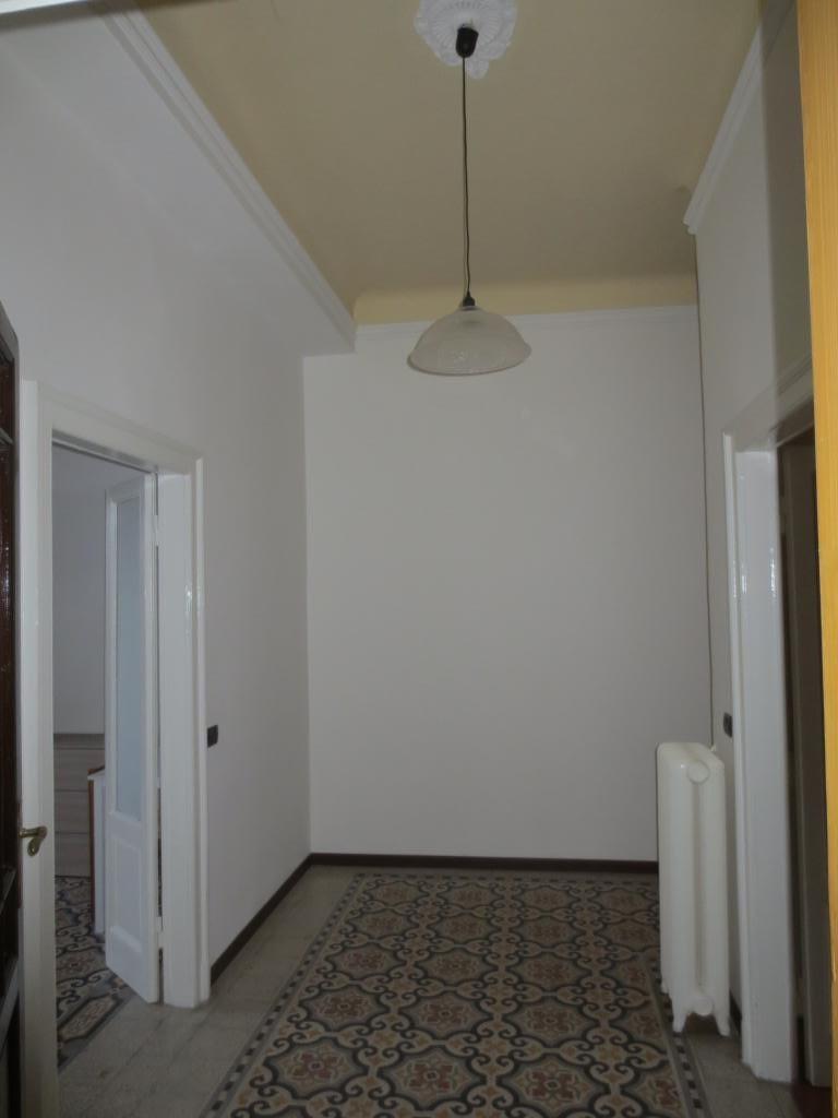 Trilocale 90mq – 4 Piano – Piazza Aspromonte 43