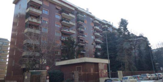 Bilocale Via Leon Battista Alberti 3