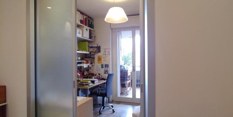 8_Studio